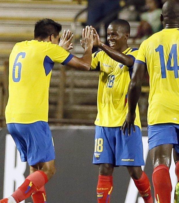 ecuador-amistosos-septiembre-contra-brasil-y-bolivia-gol-de-Juan-Cazares
